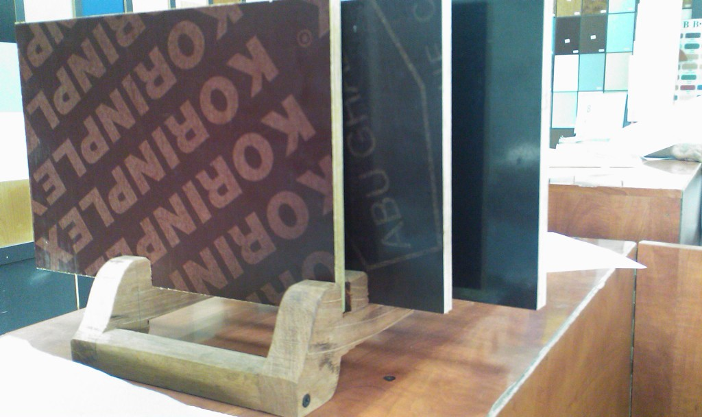 Filmfaced Plywood Sample Stand
